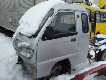 Разборка китайских грузовиков - 20161231_094103.jpg
