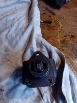 собираем ролик привода толкателя поршенька и ставим его на место - IMG_20180224_100729.jpg